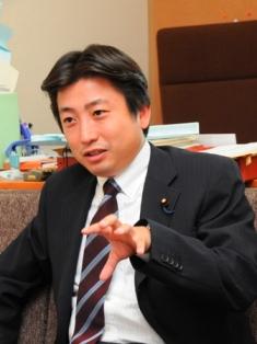 緑川貴士 は第48回衆議院議員総選挙に希望の党公認で出馬し、比例東北ブロックで当選した